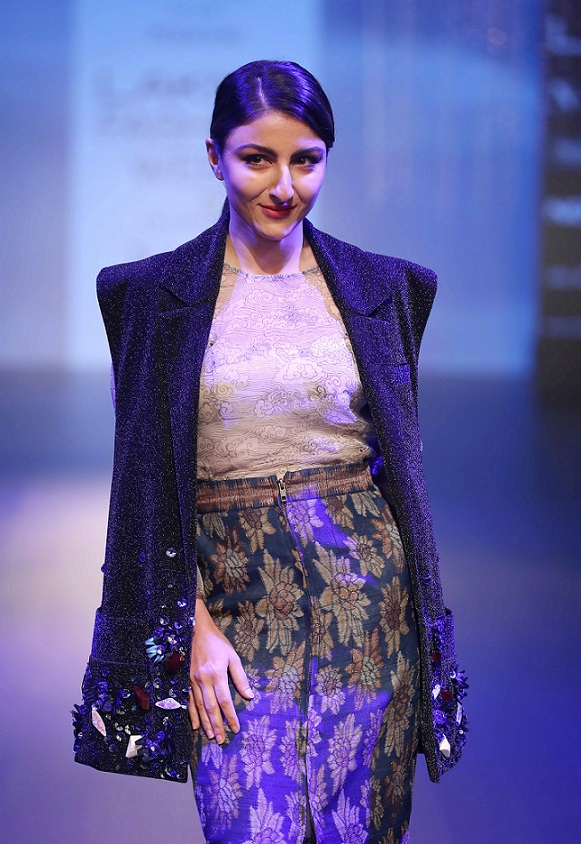 The Platform By Smartwater Unveils Superb Creations By Three Innovative Designers At Lakme Fashion Week Winter Festive 2018 Punekar News