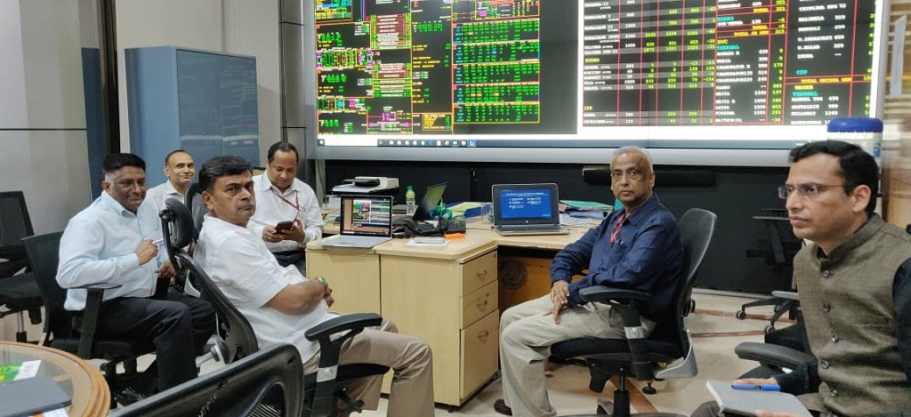 Union Power Minister RK Singh at the National Power Monitoring Centre.