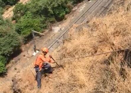 Hill Gangs of Central Railway's ensure the safety of passengers