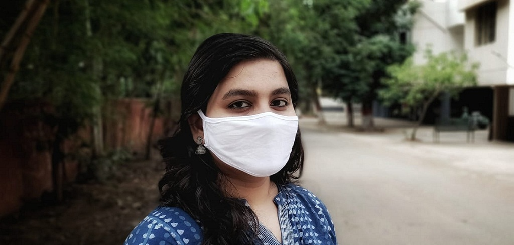 How to wear mask and dispose it properly