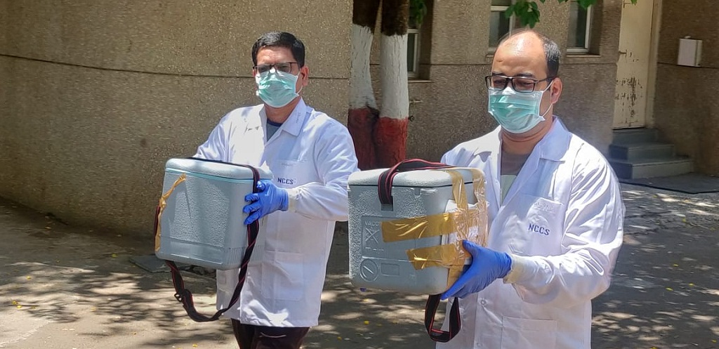 NCCS Pune staffs carrying COVID19 samples