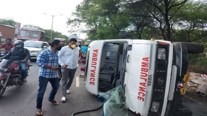 COVID hospital ambulance accident in Bavdhan Pune