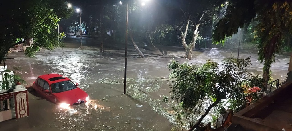 floods in Pune due to heavy rains