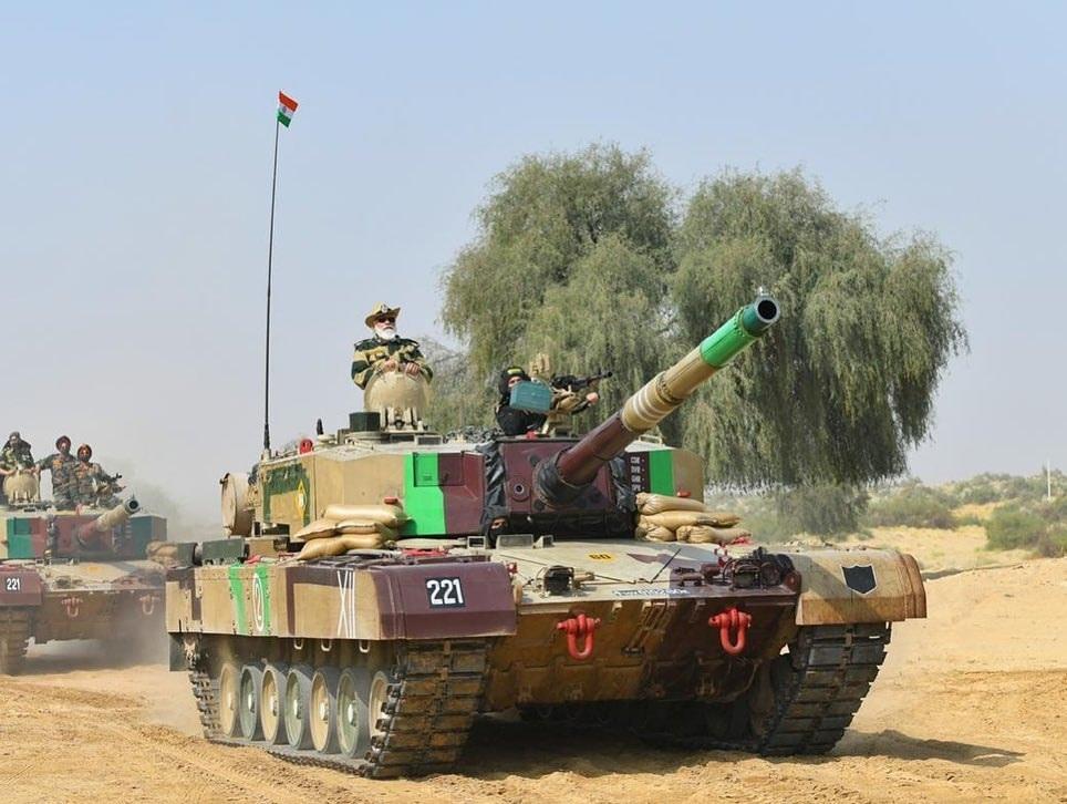PM Modi on Tank